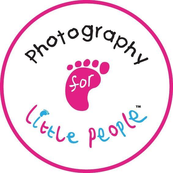 Logo of Photography For Little People By John Photographers In Leeds, West Yorkshire